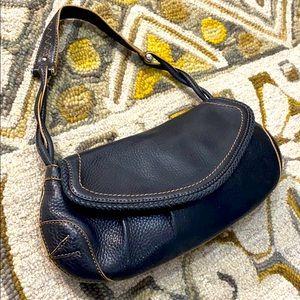 💕 Cole haan black leather medium handbag 💕